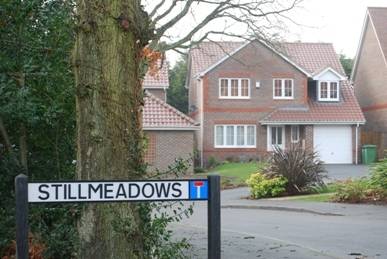 Image of street nameplate for Stillmeadows